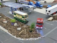bus na parkingu